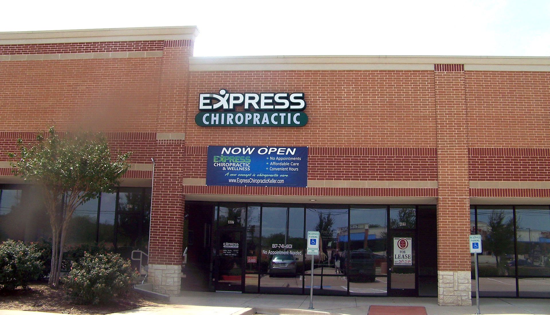 Keller Express Chiropractic Clinic Outside View